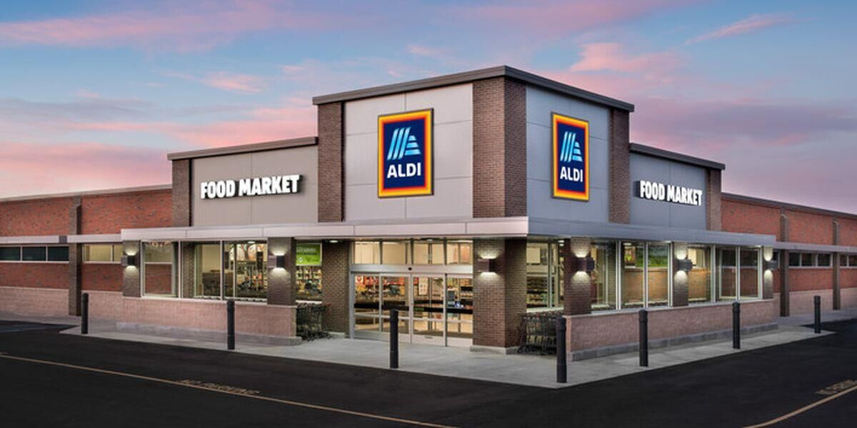 Aldi Nord and S&uuml;d <strong>collaborate</strong> with McDonald&#39;s <strong>to exchange employees</strong>