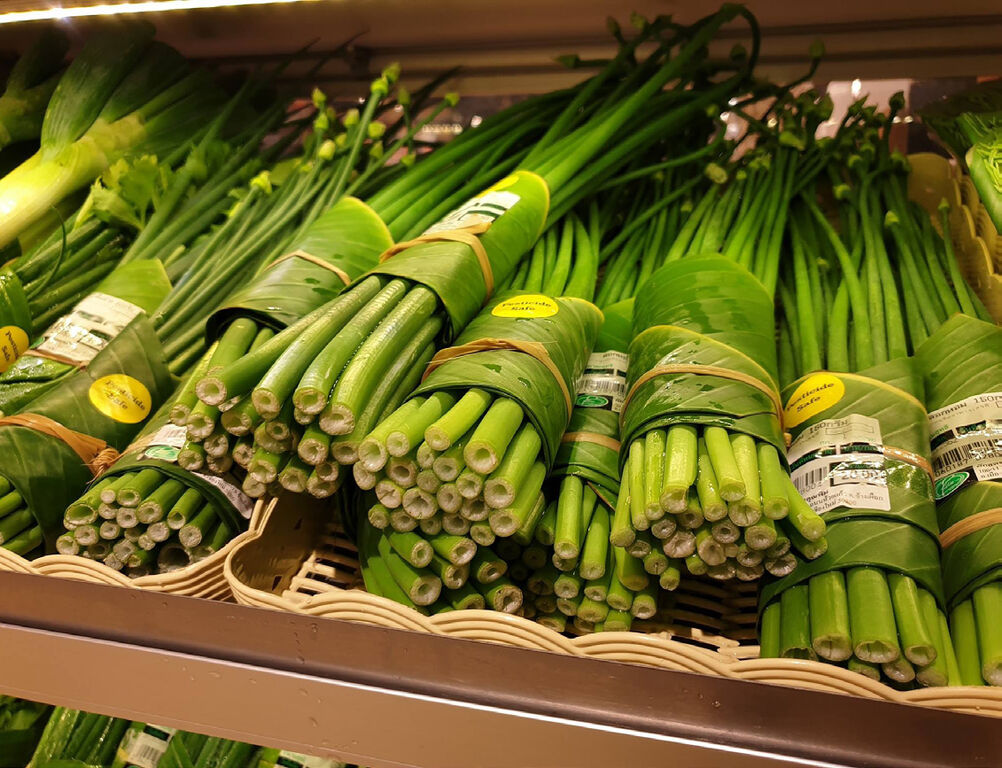 Asian retailers are going bananas