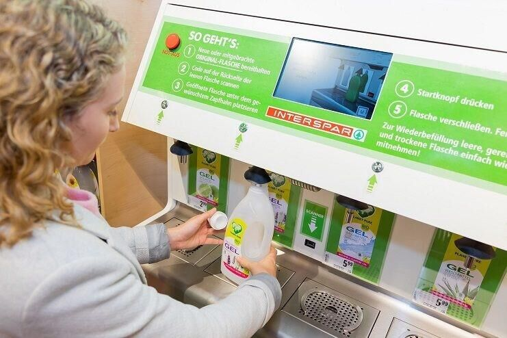 Interspar Austria experiments with organic detergents filling stations