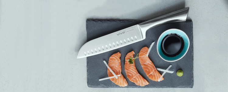 Maximarkt moves from dinnerware straight to knives