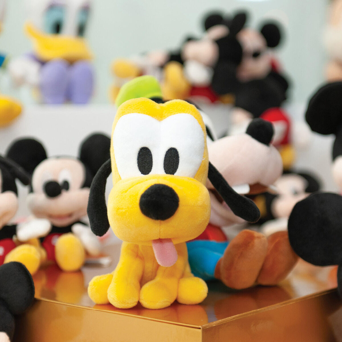 The<strong> magic of Mickey</strong> &amp; his friends